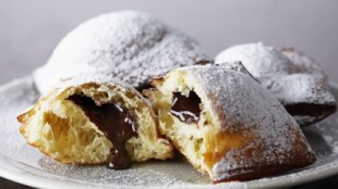 Truffle Centred Beignets